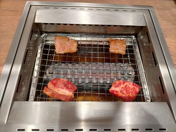 ひとり焼肉ダイリキのロースター