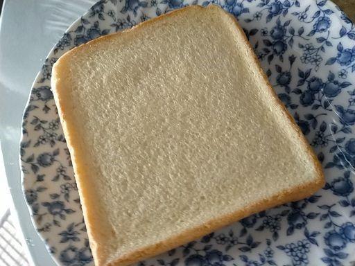 バターなんていらないかも濃厚食パン